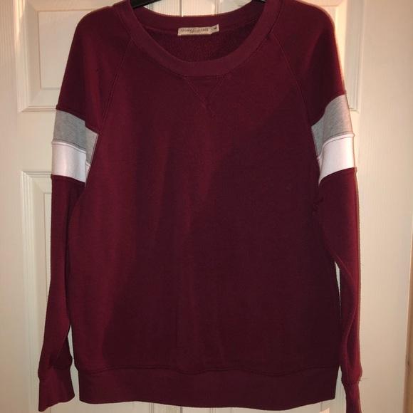 Tops - Sweatshirt